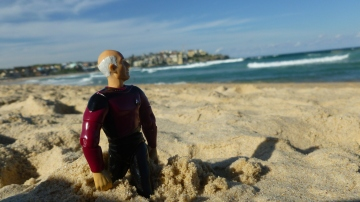 Picard practiced his best Bondi Rescue pose.
